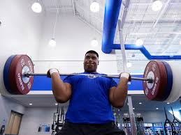 Academy Sports Bench Press Daniel Faalele Has Football Coaches Drooling Before His First Snap