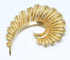 how to sort for a gold brooch styleskier