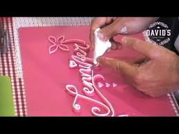 cake decorating techniques how to write pipe letters with