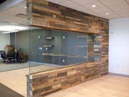 Wood Panels For Walls by Pallet Wood Walls With Glass Love This Pallet Wood Projects