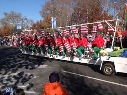 strike up the band thanksgiving parade kicks season