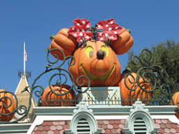 disneyland resort halloween time part 1 halloween decorations