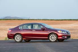 what is the luxury car for honda 20 base model non luxury cars that a standard rearview