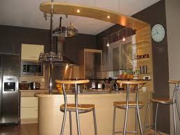 ciel de bar cuisine exemple cuisine ouverte ambiance cuisine u0026 meubles contarin
