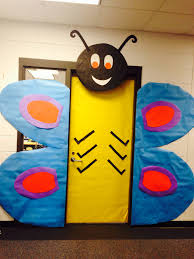 classroom door ideas for thanksgiving butterfly spring classroom door classroom ideas pinterest