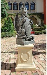 Medieval Dragon Home Decor by Dragon Garden Sculpture Large Dragon And Gargoyle Statues