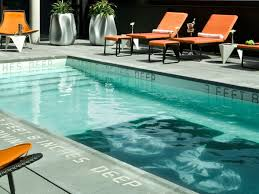 Pool Houses With Bars The Best Nyc Hotels With Rooftop And Indoor Pools