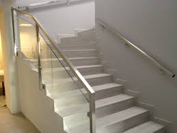 escalier garde corps verre gardes corps art métal design i l u0027inox c u0027est notre métier