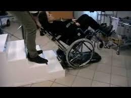 sedie per disabili per scendere scale saliscala per salire le scale con la carrozzina
