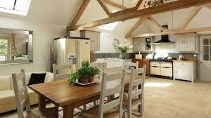 cuisine grange attrayant table de salon en bois de grange 14 une cuisine