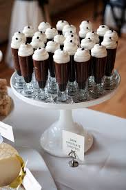 dessert mariage épinglé par schrubbe sur glass verrine