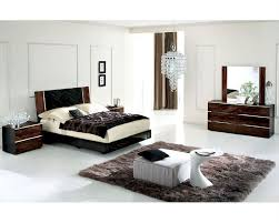 Modern Bed Set High Gloss Bedroom Set In Contemporary Style 33b151