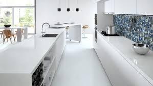 cuisine plan de travail quartz plan de travail cuisine en blanc quartz ou corian kitchens