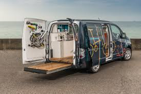 nissan van 2016 nissan env200 workspace world u0027s first electric mobile office