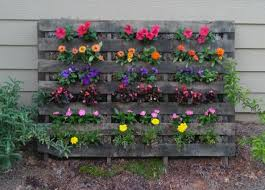28 wonderful garden u0026 outdoor pallet projects trendsandideas com
