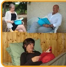 cuscino per leggere a letto leggio per leggere a letto cuscino da lettura belenci gufi