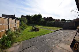 backyard grill kenilworth 3 bed semi detached house tilewood avenue coventry cv5 tailor