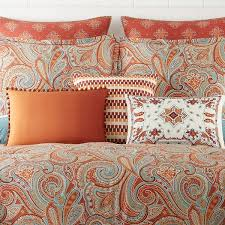 Orange And White Comforter Best 25 Queen Bed Comforters Ideas On Pinterest White Comforter