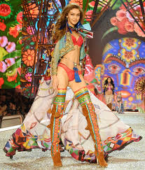 victoria s secret halloween costume see the sexiest looks from the 2016 victoria u0027s secret fashion show