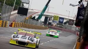 fia gt world cup best porsche 911 gt3 r on the first grid row