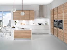 cuisine moderne blanche et idee cuisine blanche et bois