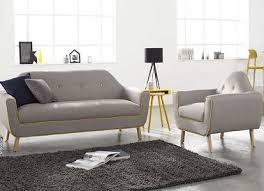 faire l amour sur un canapé canapé confort et moderne dans salon achat design