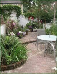 chic courtyard garden ideas courtyard garden design ideas pictures