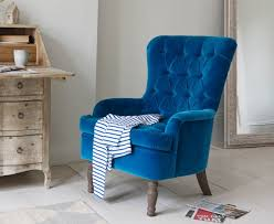 Turquoise Armchair Best 25 Velvet Armchair Ideas On Pinterest Velvet Chairs Pink