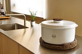 composteur de cuisine tentez le compost dans votre cuisine avec bono esprit design