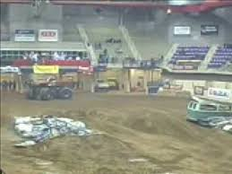 texas monster truck show 2009 waco texas monster truck show youtube