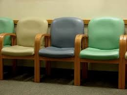 Wood Waiting Room Chairs The Waiting Room Moms Panekroom U0027s Blog