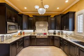 Traditional Kitchen Backsplash Traditional Kitchen Giallo Fiorito Granite Counters Dewils