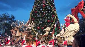 2014 universal studios florida macy s parade with santa