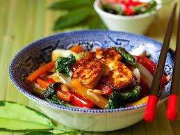 cuisiner tofu poele sauté rapide au tofu et légumes