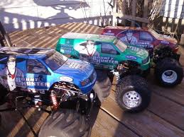 monster jam rc truck bodies my new green bounty hunter body and my fleet of trucks