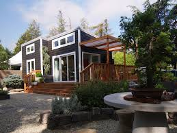 prefab in law cottages newavenuehomes com backyard cottage guest house modular home