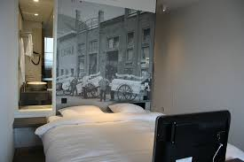 chambre d hotel amsterdam grande salle de bain avec baignoire et vasque picture of