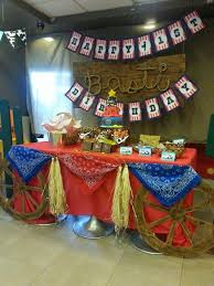 Western Style Centerpieces by Western Themed Centerpiece My Creations Pinterest