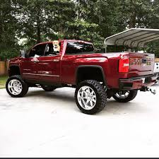 check out this gmc 3500hd this truck is huge this truck has a