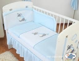 chambre bébé bourriquet tour de lit bébé pas cher bleu pour garçon avec broderie bourriquet