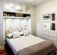 Schlafzimmer Tischlampe Haus Renovierung Mit Modernem Innenarchitektur Geräumiges