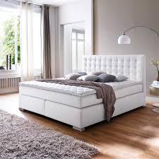 Schlafzimmer Braunes Bett Schlafzimmer Gestalten Braun Beige With Beige Wandfarbe U2013 Ragopige