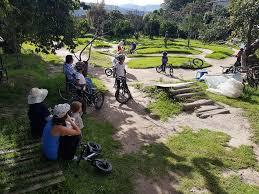 bed and breakfast bike house campo bici hacienda rumihuaicu