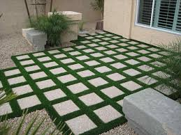 Alternatives To Grass In Backyard by Cheap Backyard Ideas No Grass Backyard Fence Ideas