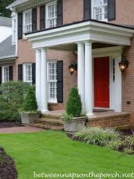 Front Porch Planter Ideas by Top 25 Best Boxwood Topiary Ideas On Pinterest Topiary Plants