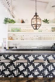 15 inspiring kitchens bar white shelves and white tiles