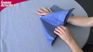 Pliage De Serviette En Tissu Simple by