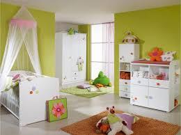 chambre bébé winnie chambre bebe winnie commode tapis ensemble fille decoration coucher