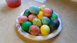 my mom mixed rice and food coloring to color easter eggs why