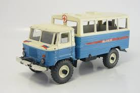 gaz 66 model cars gaz 66 vm 66 kung medical service ural falcon ussr 1 43